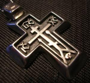 Строгий мужской крест