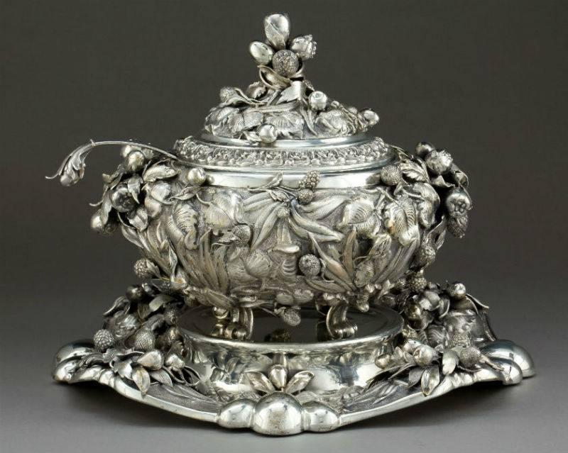 Старинная посуда из серебра