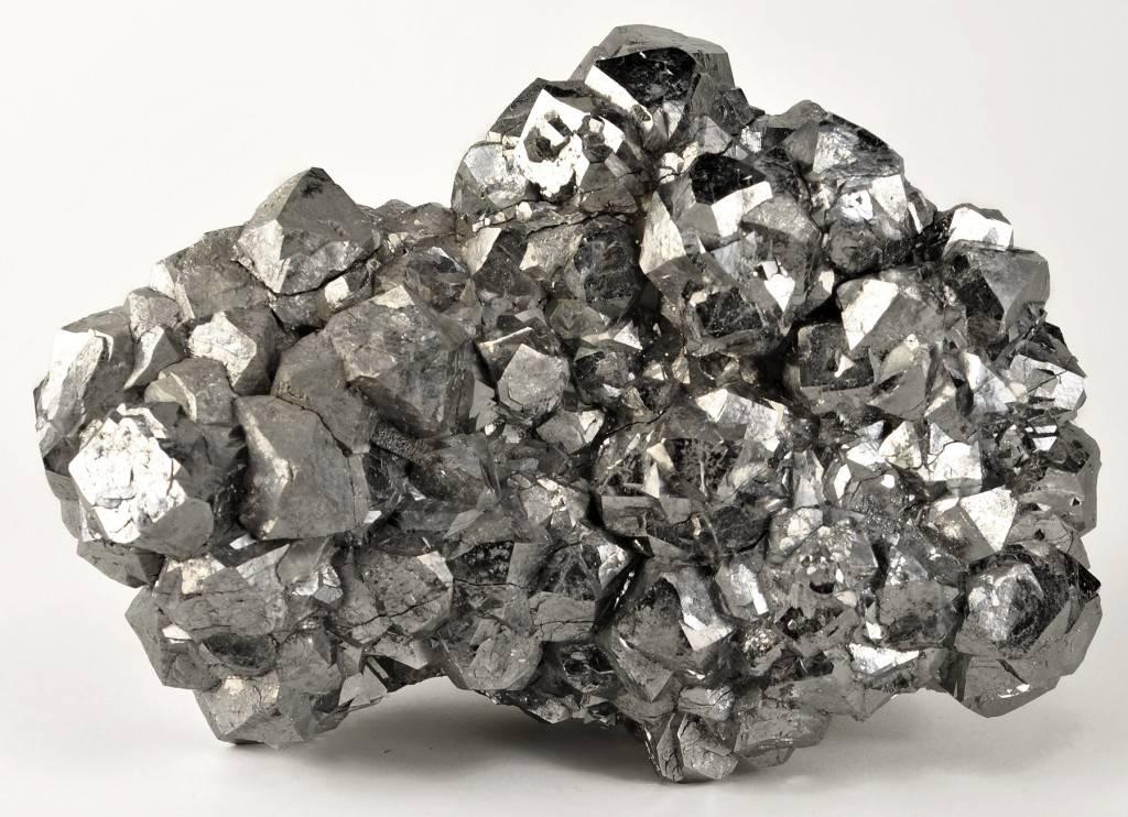 Природный слиток серебра