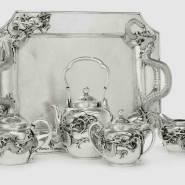 Можно приобрести любую серебряную посуду по сносным ценам