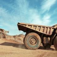 Серебряную руду добывают открытым и закрытым способом