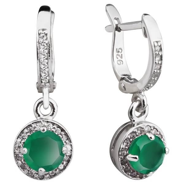 Зеленый агат в серебре выглядит очень стильно
